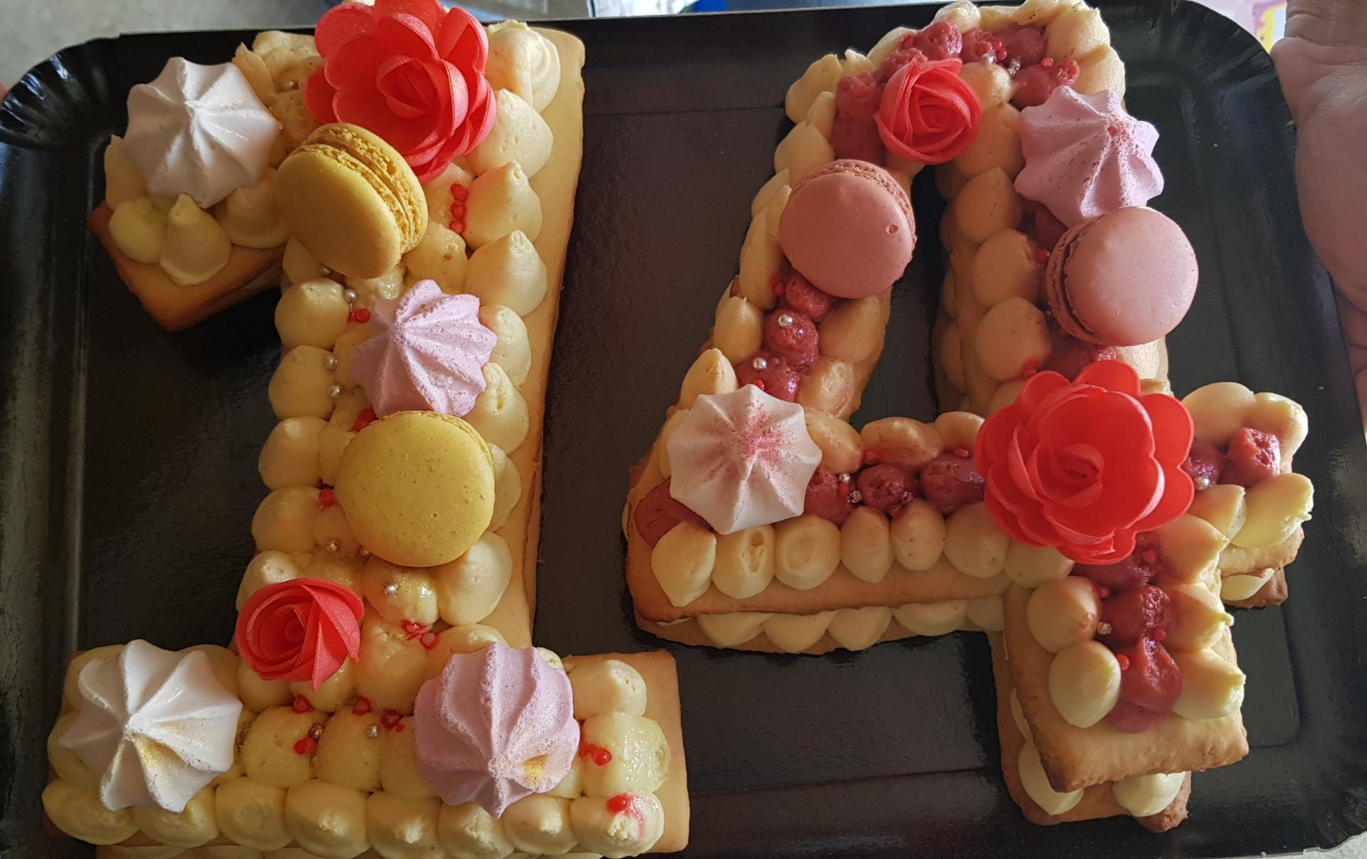 number / letter cake